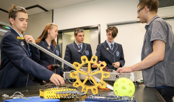 'Exemplary Education at Cecil Andrew College' – Comment News, Perth