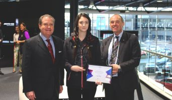 'Aussie Benz apprentices land US scholarship' – Go Auto News