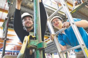 'TAFE  Sells Skills Message – Pay Comparable with Uni Grads' – Sunday Tasmanian
